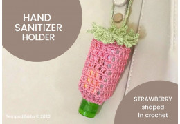 Strawberry shaped hand sanitizer holder in crochet, Pattern 2020/05/11